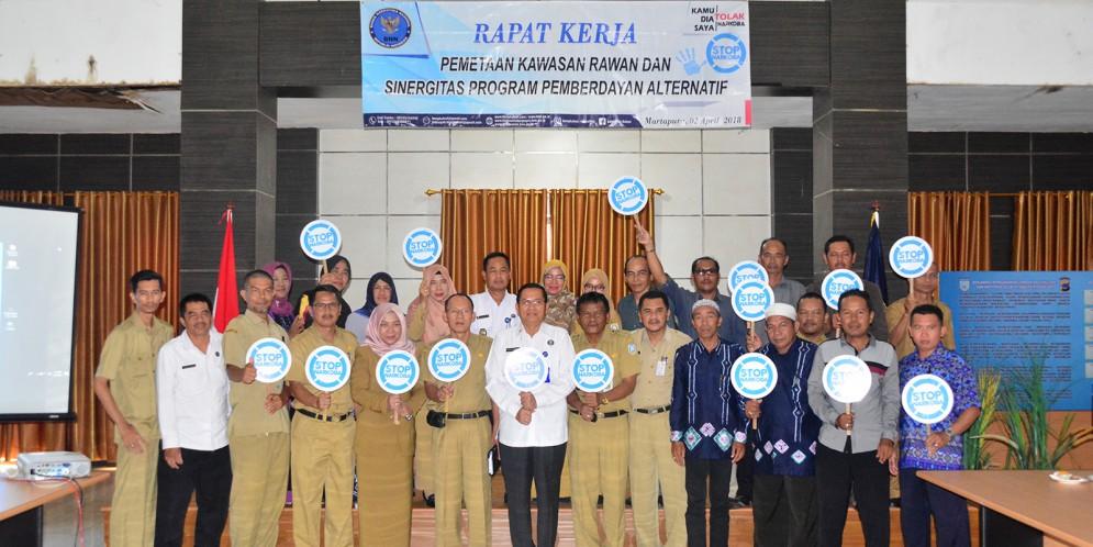 INDONESIA DARURAT NARKOBA, PERANG TERHADAP NARKOBA !